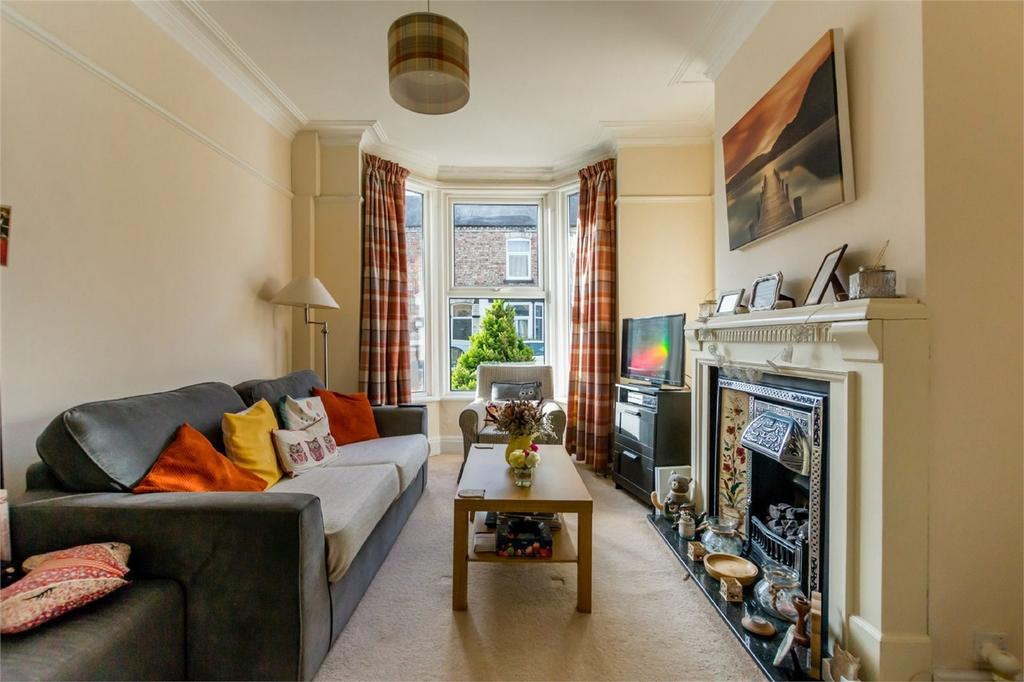 2 Bedrooms Terraced House for sale in Stanley Street, YORK