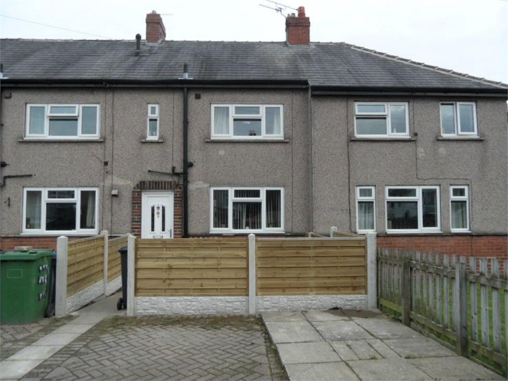 3 Bedrooms Town House for sale in Albert Way, Birkenshaw, West Yorkshire
