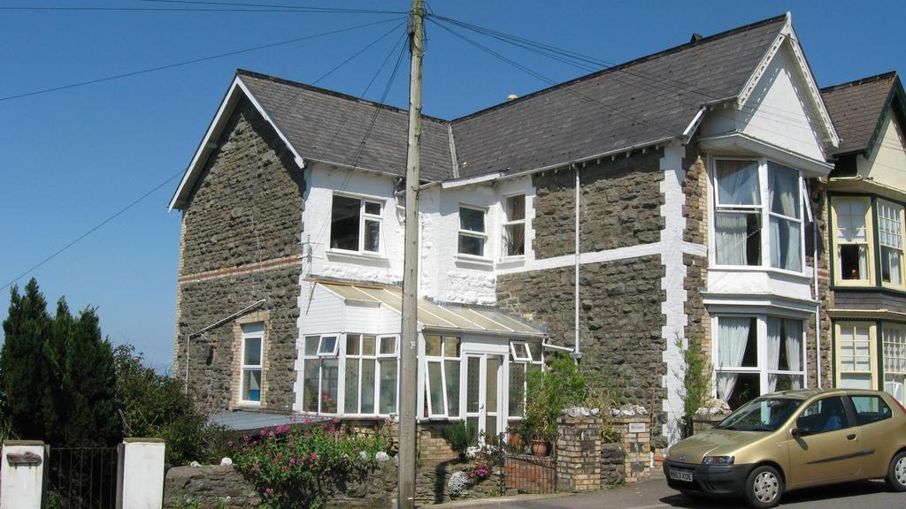 4 Bedrooms Semi Detached House for sale in Crofts Lea Park, Ilfracombe