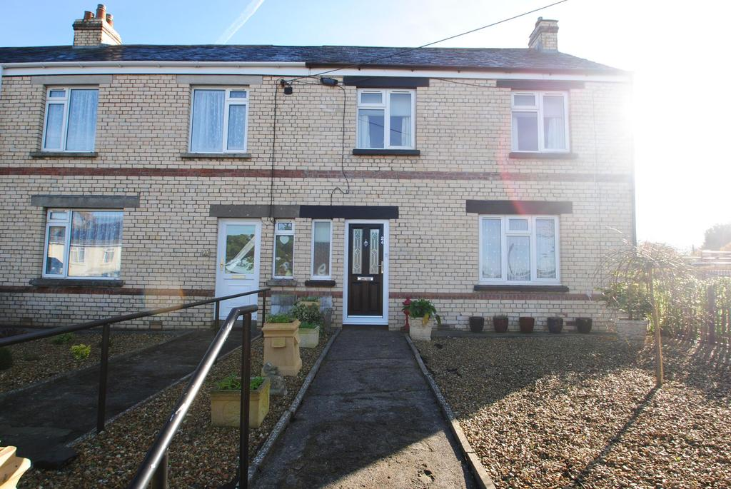2 Bedrooms Terraced House for sale in Bowden Green, Clovelly Road