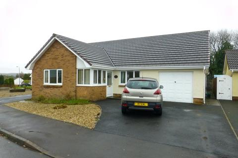 3 bedroom bungalow for sale - Delfryn , Capel Hendre, Ammanford, Carmarthenshire.