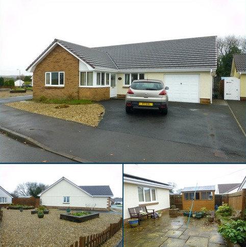 3 bedroom bungalow for sale - Delfryn , Capel Hendre, Ammanford, Carmarthenshire.