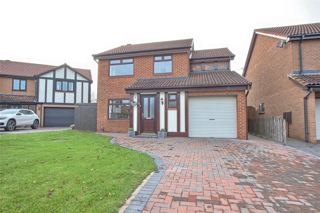 4 Bedrooms Detached House for sale in Seaton Close, Redcar