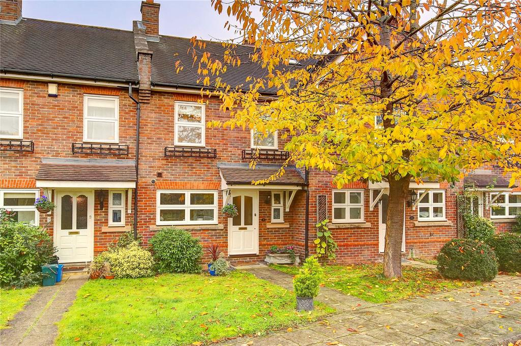 2 Bedrooms Terraced House for sale in Hill House Drive, Hampton, TW12