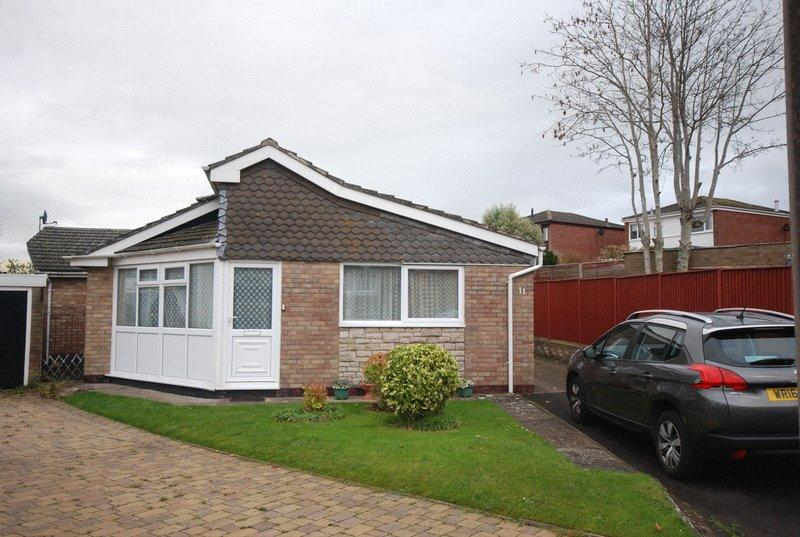 3 Bedrooms Detached Bungalow for sale in Blagdon Close, Bleadon, Weston-Super-Mare, North Somerset, BS24