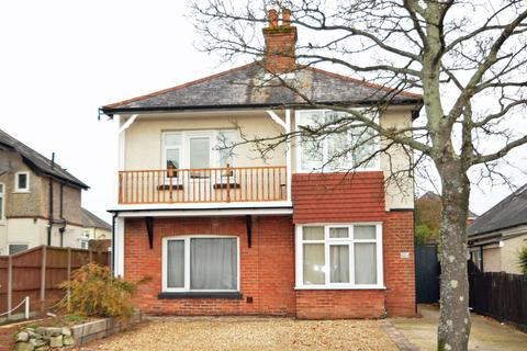 3 bedroom flat for sale - Strouden Avenue, Bournemouth, BH8