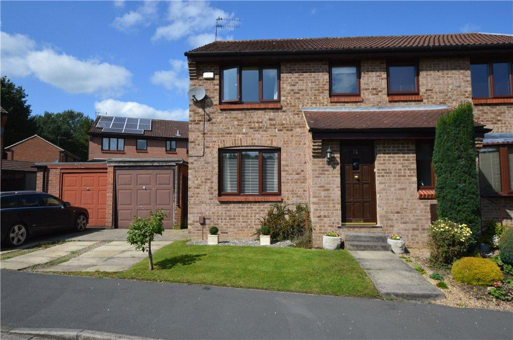 3 Bedrooms Semi Detached House for sale in Norwood Grove, Harrogate, North Yorkshire