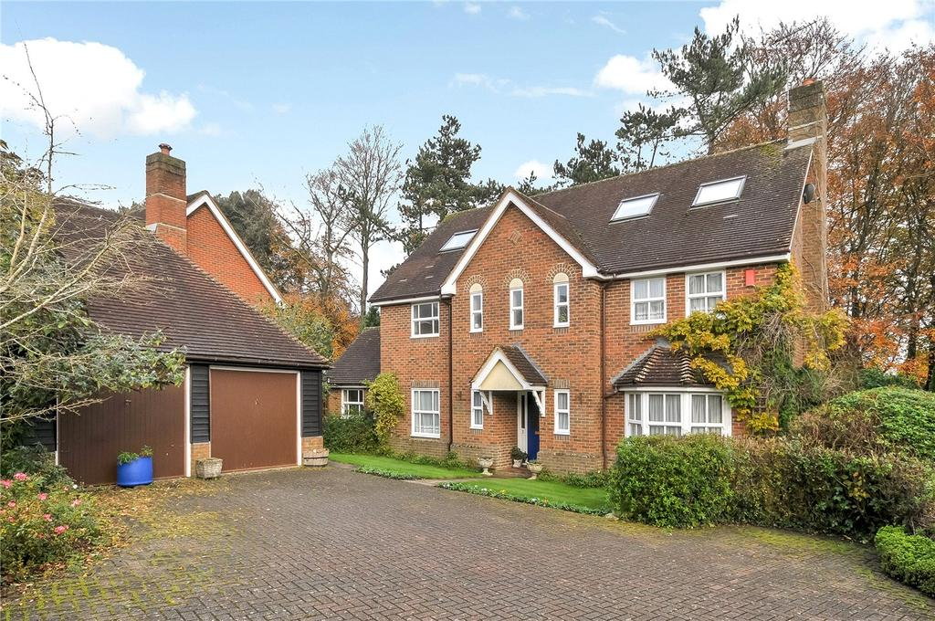 6 Bedrooms Detached House for sale in Sarum Close, Winchester, Hampshire, SO22