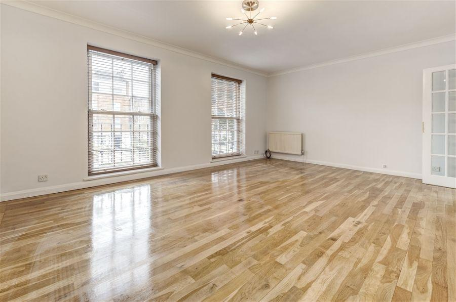 4 Bedrooms Flat for rent in Belsize Road, South Hampstead, NW6