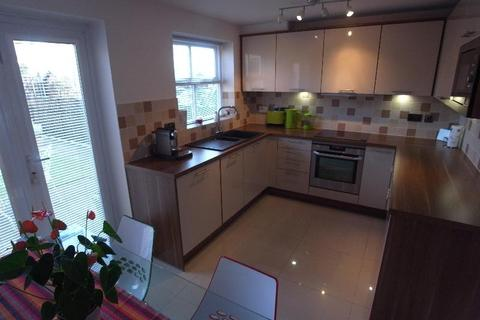 3 bedroom end of terrace house to rent - ST PAULS MEWS, HOLGATE, YORK, YO24 4BR