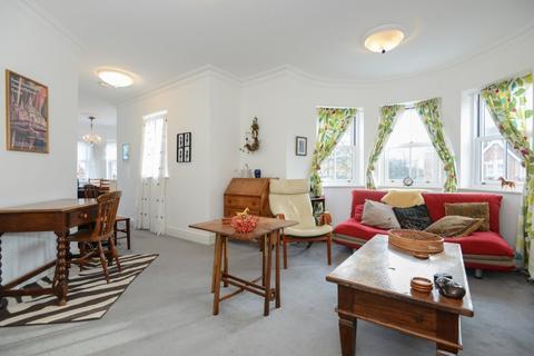 2 bedroom flat to rent - Balliol Court , Rutherway, Jericho