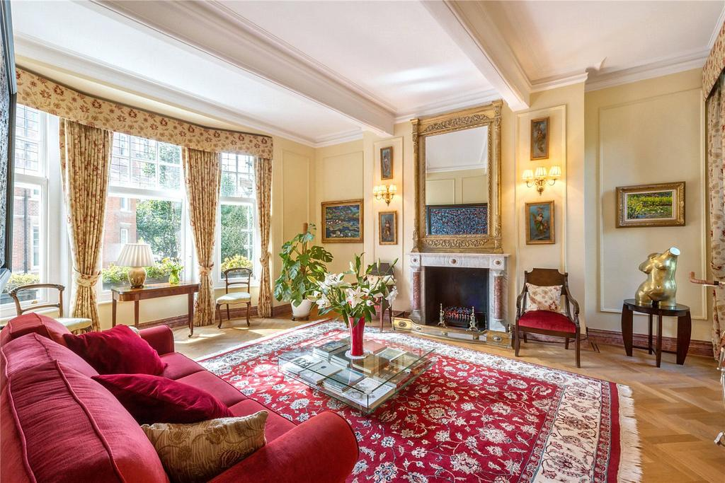 3 Bedrooms Flat for sale in Embankment Gardens, London, SW3