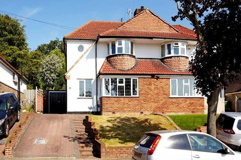 3 bedroom house to rent - Newstead Avenue, Orpington, BR6 9RL