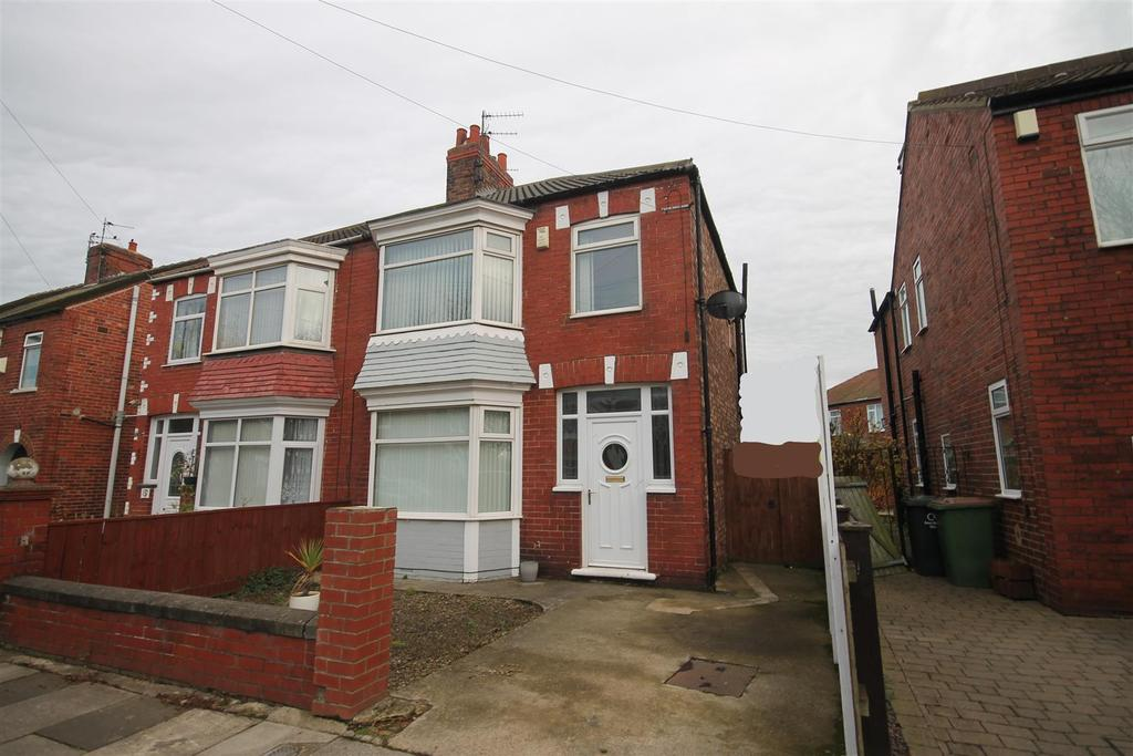 3 Bedrooms Semi Detached House for sale in Laurel Road, Redcar