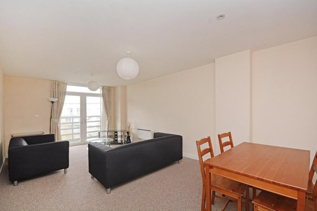 2 Bedrooms Apartment Flat for sale in Anchor Point, 323 Bramall Lane, Sheffield, S2 4RQ