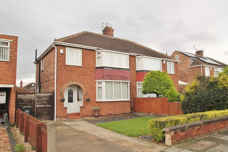 3 Bedrooms Semi Detached House for sale in The Oval, Brookfield