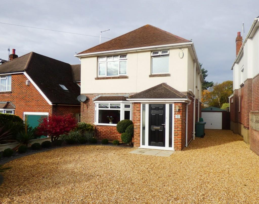 4 Bedrooms Detached House for sale in Oakdale, Poole
