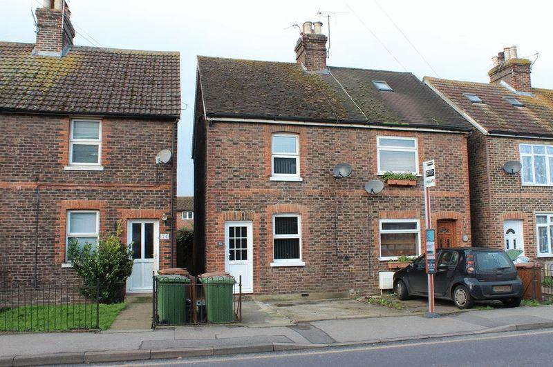 3 Bedrooms Semi Detached House for sale in Paddock Wood