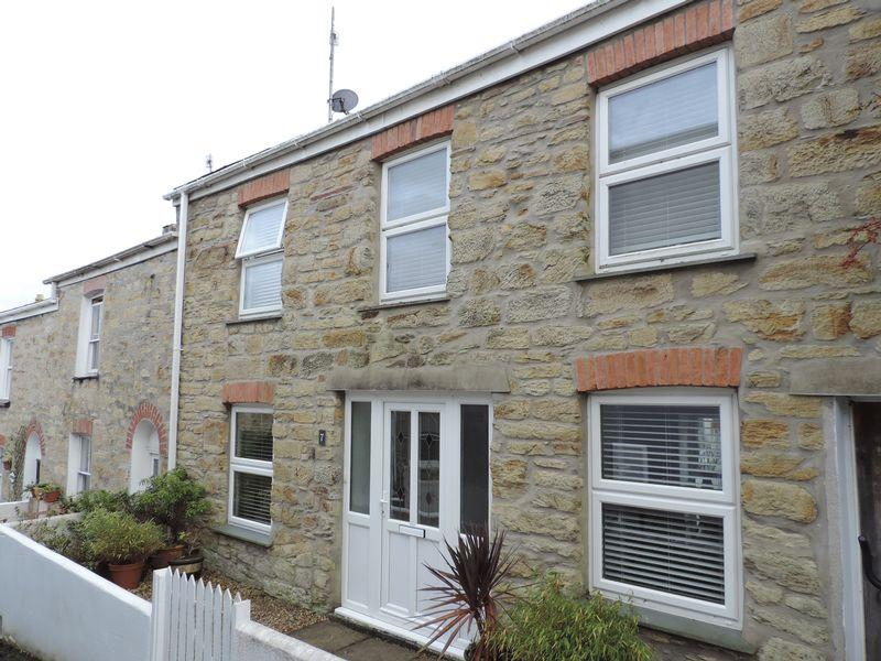 3 Bedrooms Cottage House for sale in Andrew Place, Truro