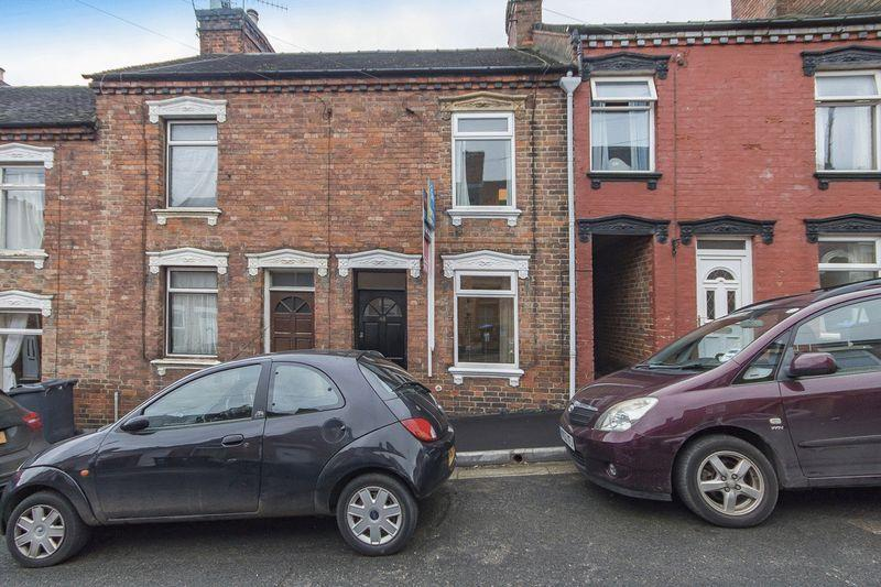 2 Bedrooms Terraced House for sale in SOUTH STREET, ASHBOURNE