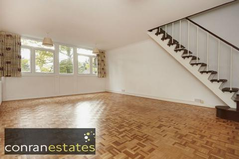 3 bedroom maisonette to rent - Tarnwood Park, Court Road, Eltham SE9