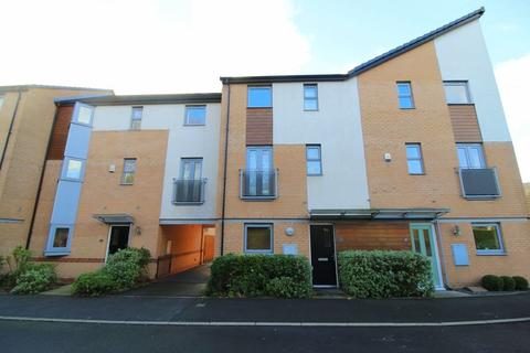 4 bedroom terraced house for sale - Port Talbot Close, Cressington