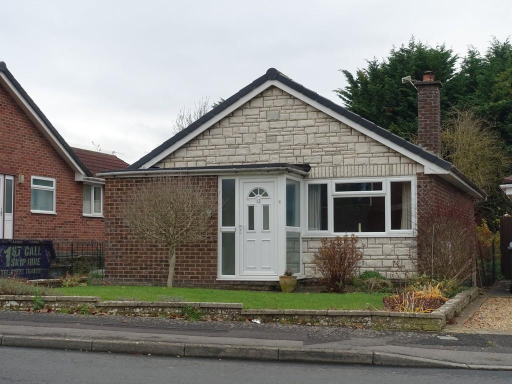 2 Bedrooms Detached Bungalow for sale in North Bradley, Trowbridge