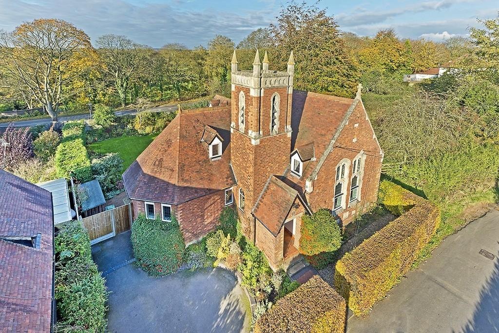 5 Bedrooms Detached House for sale in Church House, Church Lane