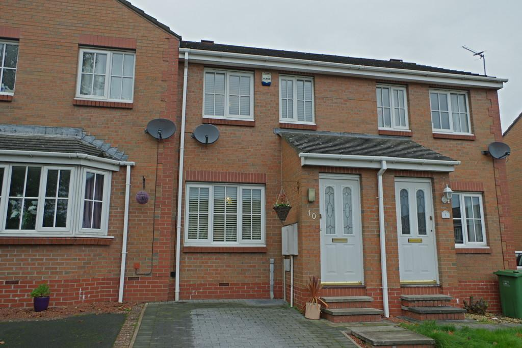 2 Bedrooms Terraced House for sale in Buttermere Close