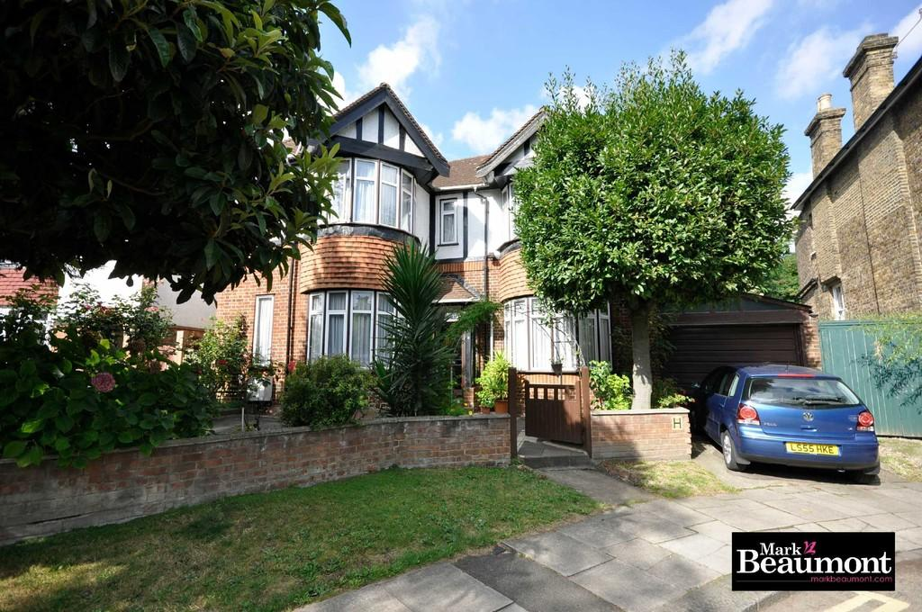 4 Bedrooms Detached House for sale in Somerset Gardens, Lewisham