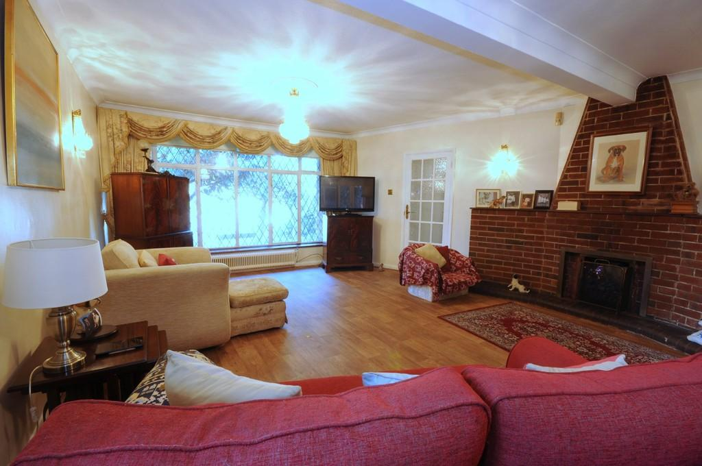 3 Bedrooms Barn Conversion Character Property for sale in South Hill, Chislehurst