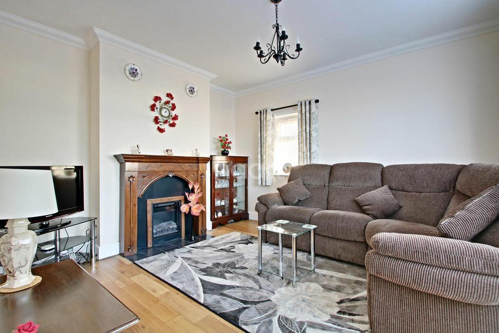 4 Bedrooms Bungalow for sale in High Road, Gorefield