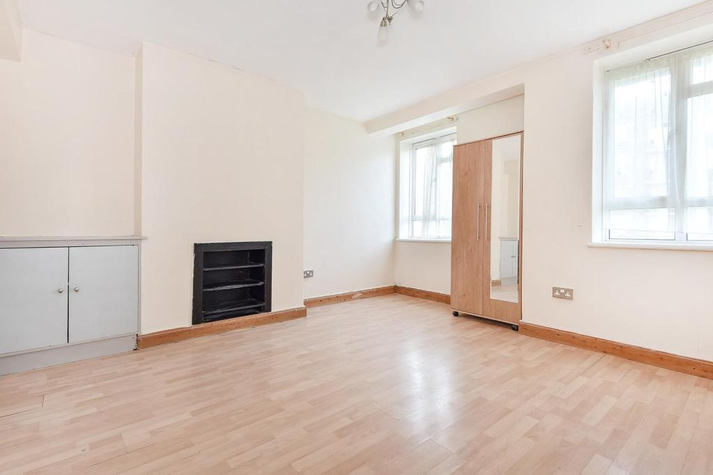3 Bedrooms Flat for sale in Kingswood Estate, Dulwich