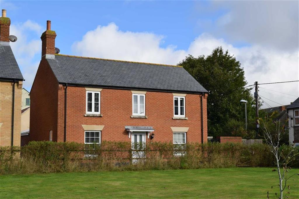 3 Bedrooms Detached House for sale in Priory Gardens, Bridport, Dorset, DT6