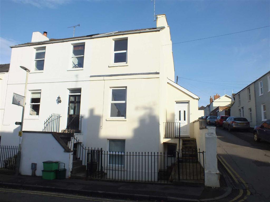 3 Bedrooms Terraced House for rent in Cudnall Street, Charlton Kings, Cheltenham