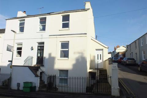 3 bedroom terraced house to rent - Cudnall Street, Charlton Kings, Cheltenham