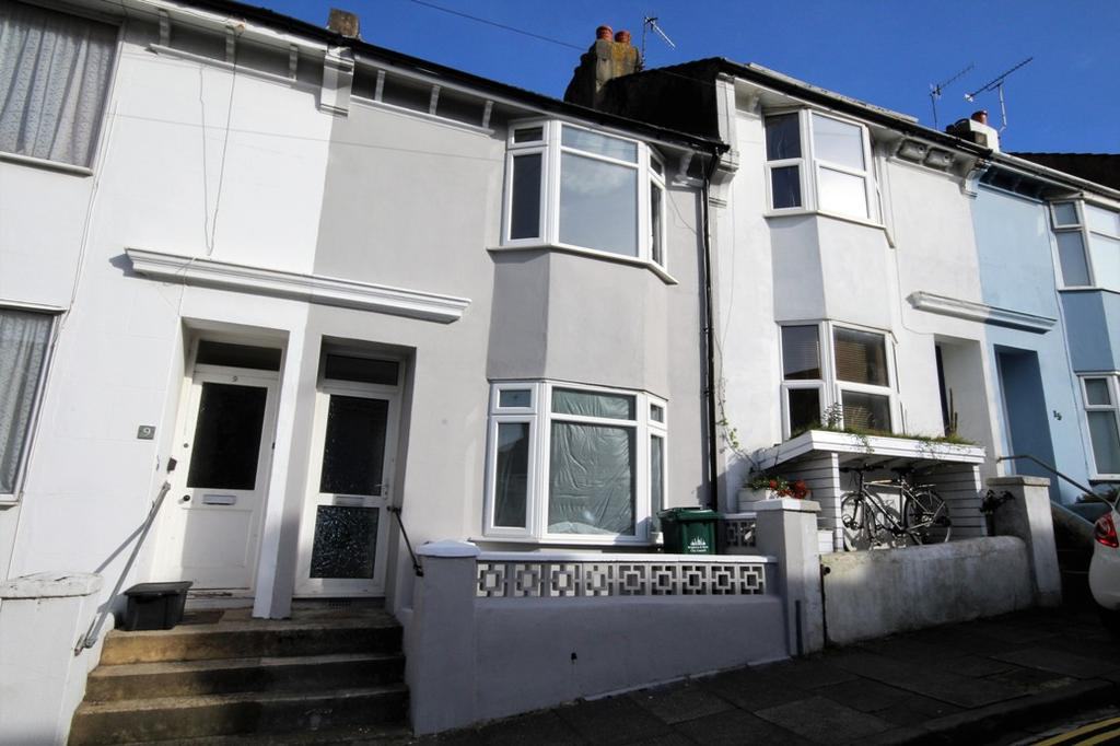 2 Bedrooms Terraced House for sale in Lynton Street, Brighton BN2