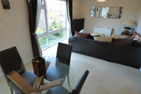 2 bedroom flat for sale - Thorne House, Manchester, M14