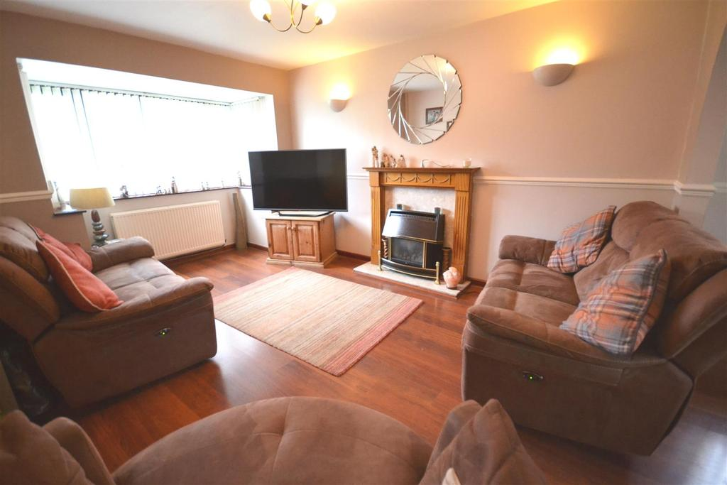 3 Bedrooms Detached House for sale in Neyland