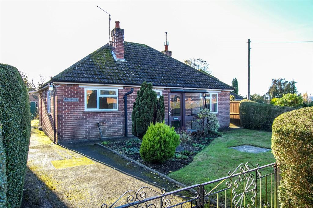 2 Bedrooms Detached Bungalow for sale in Norden Road, Blandford Forum, Dorset, DT11