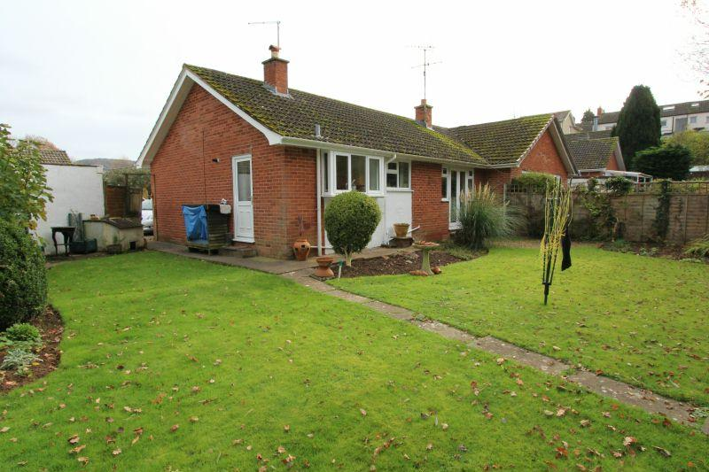 2 Bedrooms Semi Detached Bungalow for sale in Brook Meadow, Newton Poppleford