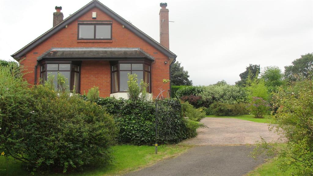 3 Bedrooms House for sale in Clough Hall Drive, Talke