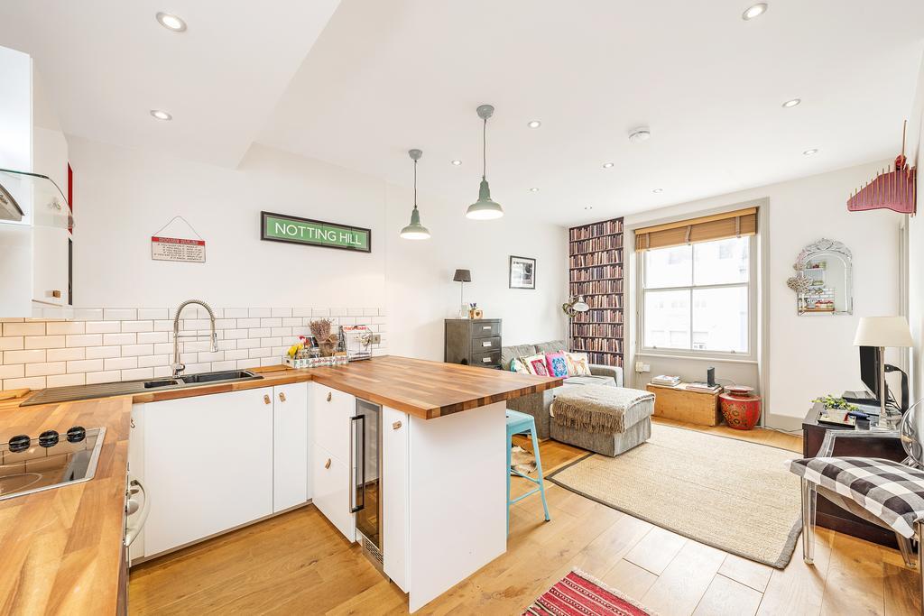 1 Bedroom Flat for sale in Arundel Gardens, W11