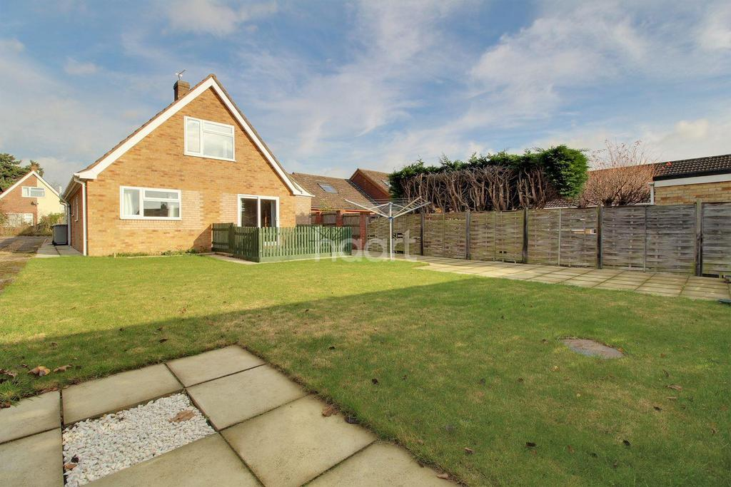 4 Bedrooms Detached House for sale in Lloyd Road, Taverham