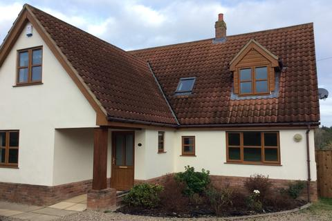 5 bedroom detached house to rent - Church Lane, Wicklewood NR18