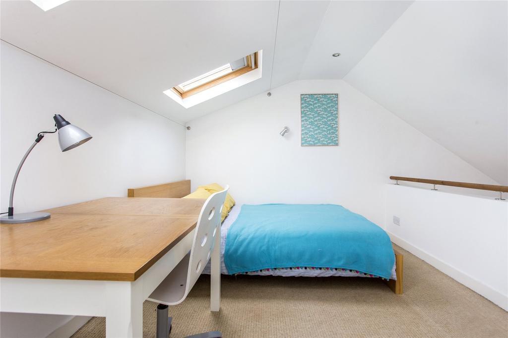 Bed Flat Finsbury Park Buy