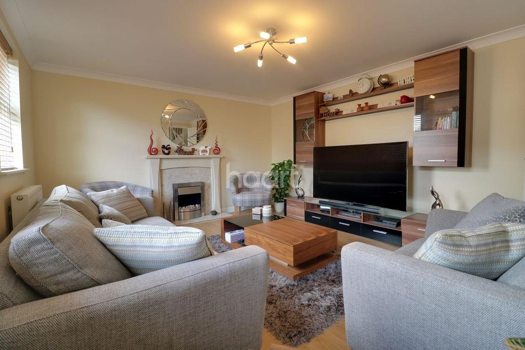 4 Bedrooms End Of Terrace House for sale in Thomas Crescent