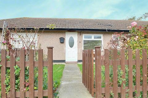 1 bedroom bungalow for sale - Minster on Sea
