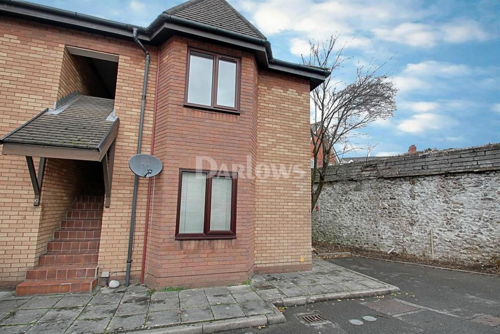 2 Bedrooms Flat for sale in Pembroke Mews, Canton