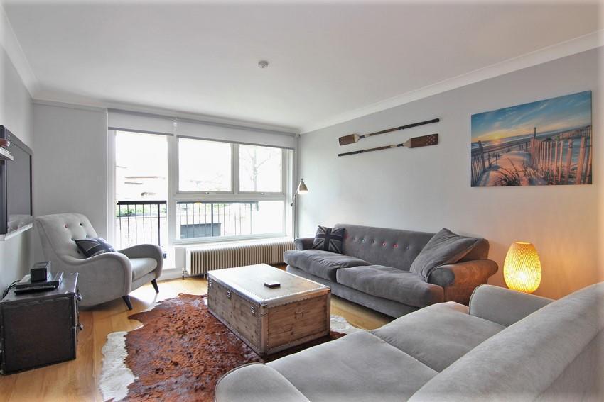 1 Bedroom Flat for sale in Gipsy Lane, London